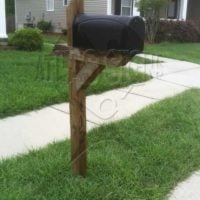 Liberty Hall Plantation: Mailbox and Post