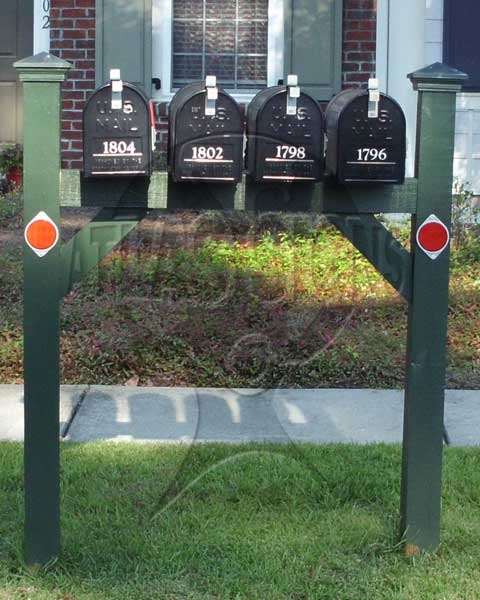 Tennyson Row: 4 Mailboxes and Post